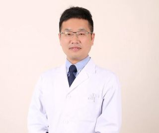 本周五温州视光眼科专家姜俭主任来院坐诊